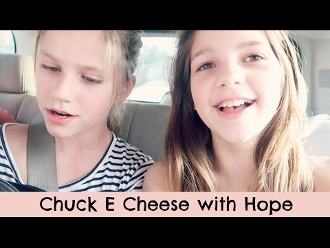 BIRTHDAY PARTY! Chuck E Cheese with Hope for my brother's 4th | PO Box Opening