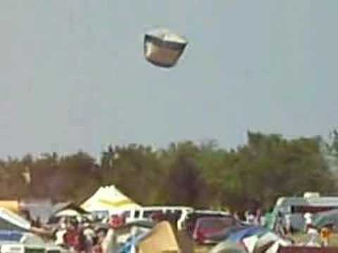 Flying Tent & Flying Tent - YouTube