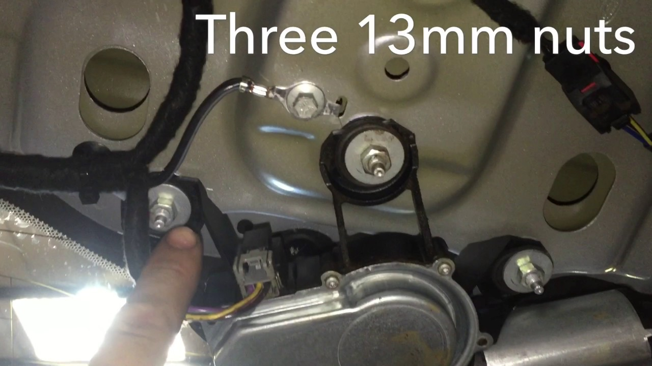 Freelander 2 Seized Or Stuck Rear Wiper Fault Youtube Land Rover Series Engine Diagrams