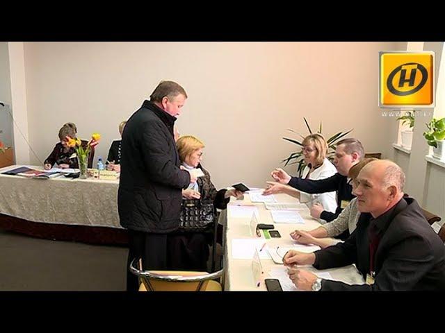 Андрей Кобяков и Наталья Кочанова отдали свои голоса на выборах в местные Советы