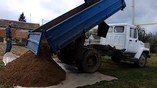 Стройка гаража на участке в деревне / /пришли  огородные  вредители/ заморозки /влоги из деревни.