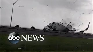 Driver Recalls His Truck Being Demolished by a Waterspout