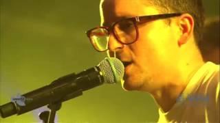Hot Chip (feat. Alex Kapranos) - Dancing In The Dark