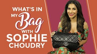 What's in my bag with Sophie Choudry | S03E07 | Fashion | Bollywood | Pinkvilla