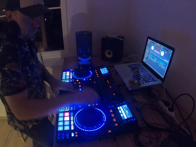 DJ Kingfisher - Mix Belgische House muziek