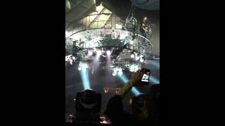 "Nickelback ""Bottoms Up"" Flying Stage! MSG NYC 4-19-12"