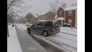 Ford Expedition Snow Drift
