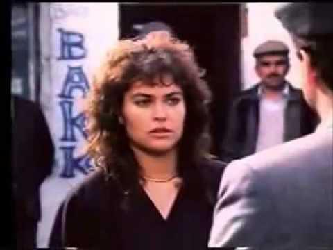 ibrahim Tatlises & Hülya Avsar (Mavi Mavi )