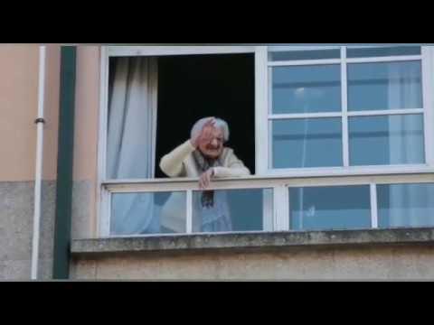 Sirenas para celebrar los 110 años de Lulú Vázquez