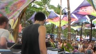 ESCAPE INTO Live @ Terra em Transe Festival (01/01/2013)