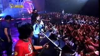 Audy Item Feat Nindy Ayunda - Untuk Sahabat Live Clas Mild Iklan 2005