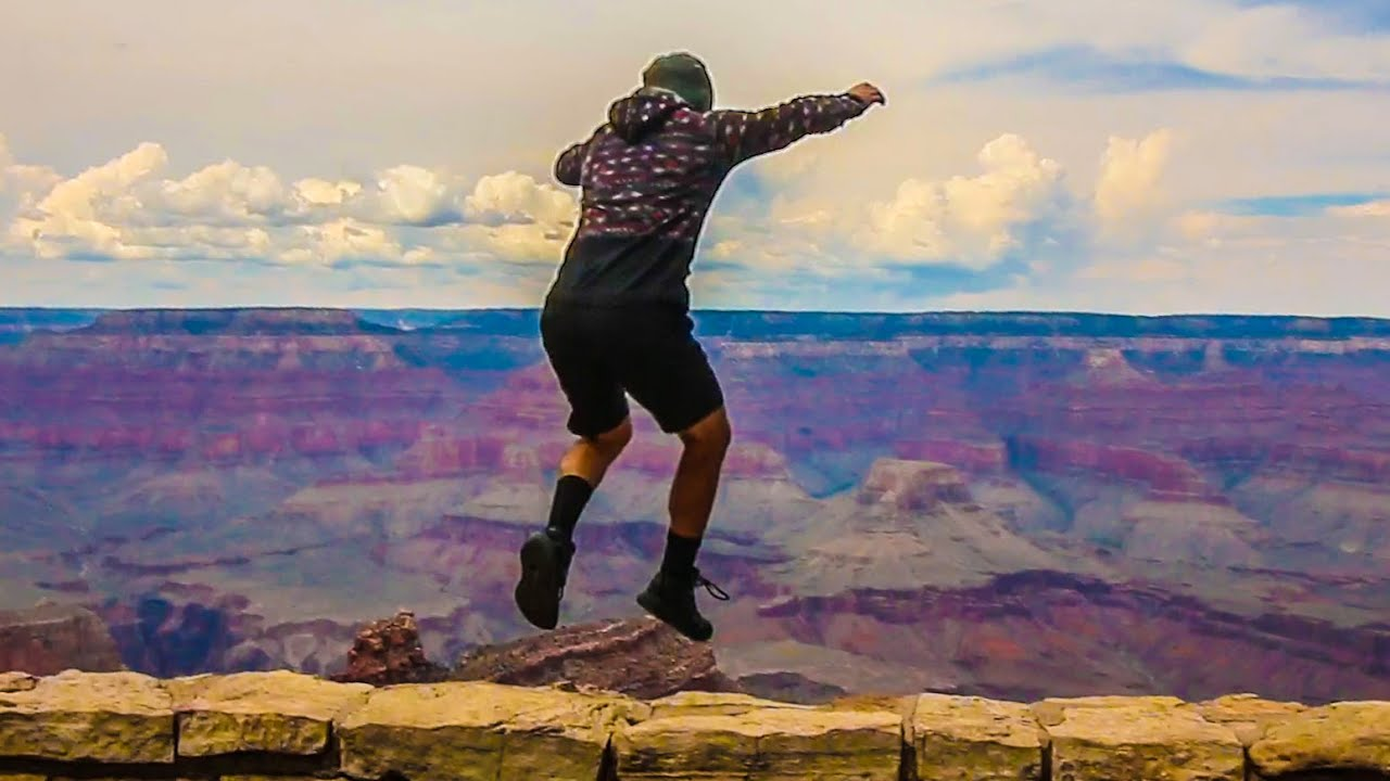 Uber Or Lyft >> GUY JUMPS INTO GRAND CANYON!!! - YouTube