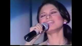 Rossa and Rita Effendi and Stevie Lengkong - Show of CNI 2001