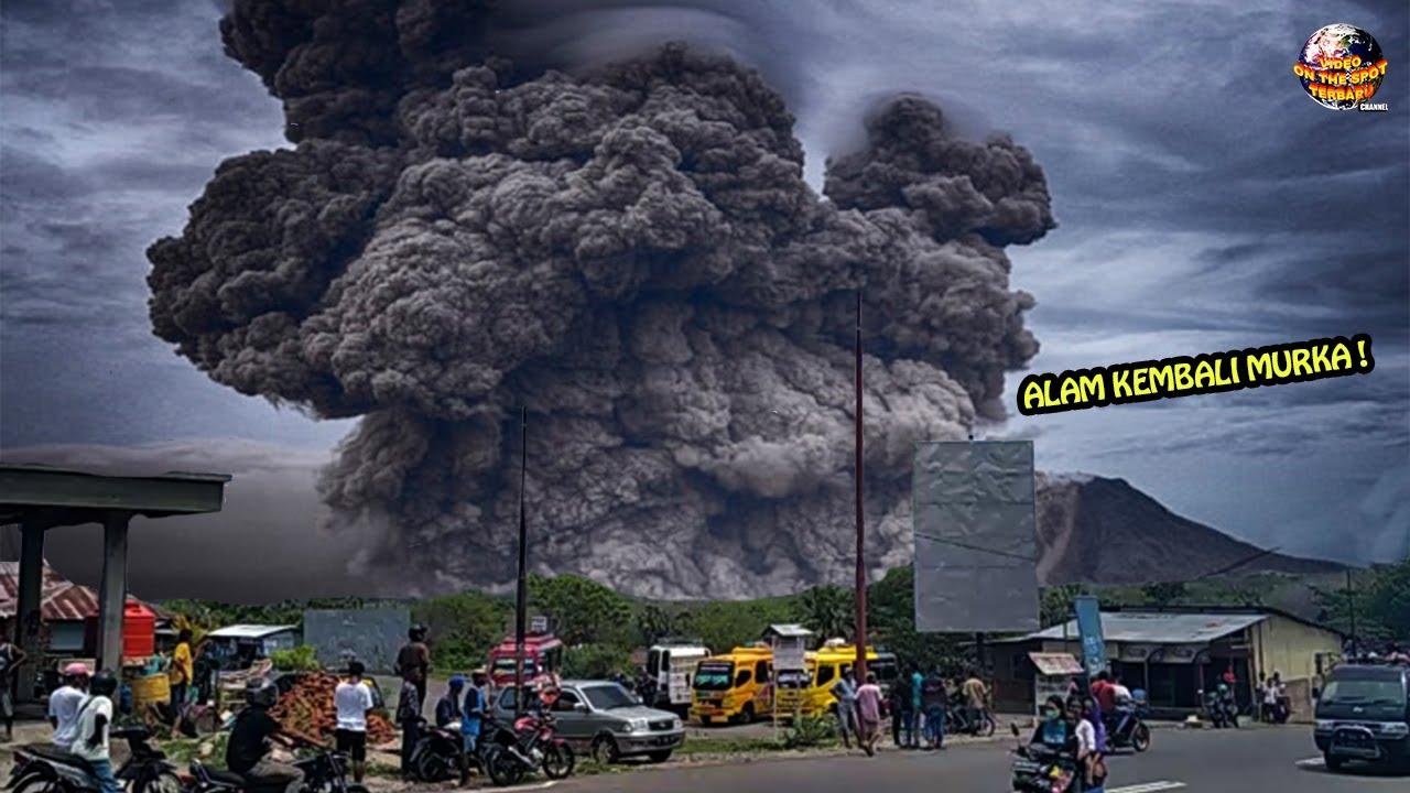 Alam Kembali Murka!! Gunung ile Lewotolok Erupsi Muntahkan Abu Vulkanik 5 Kilometer ke Langit
