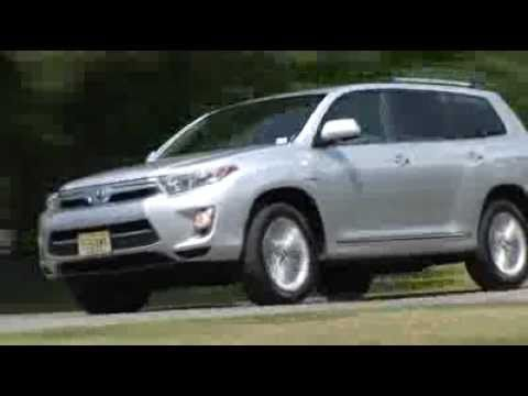2011 Toyota Highlander Hybrid - Drive Time Review | TestDriveNow