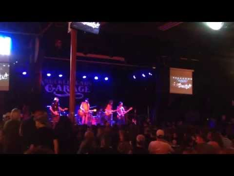 Mickey and the Motorcars-so far away (dire straits cover)-knuckleheads garage KC