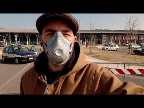 Padova, davanti l'ospedale dove è morto Trevisan: 'Nessuno immaginava fosse coronavirus'