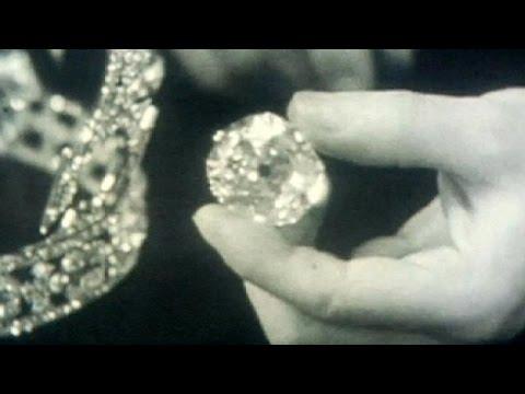 'Isabel II, devuélvenos nuestro diamante'
