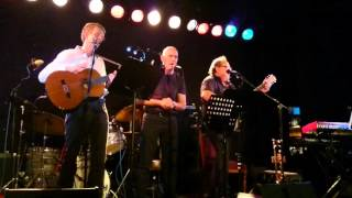 Blackbird (cover) - Fremført av Hans Blom, Roar Olsen og Trond Wisur