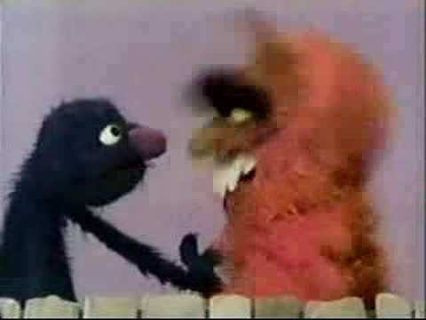 Classic Sesame Street - Frazzle opens up to Grover
