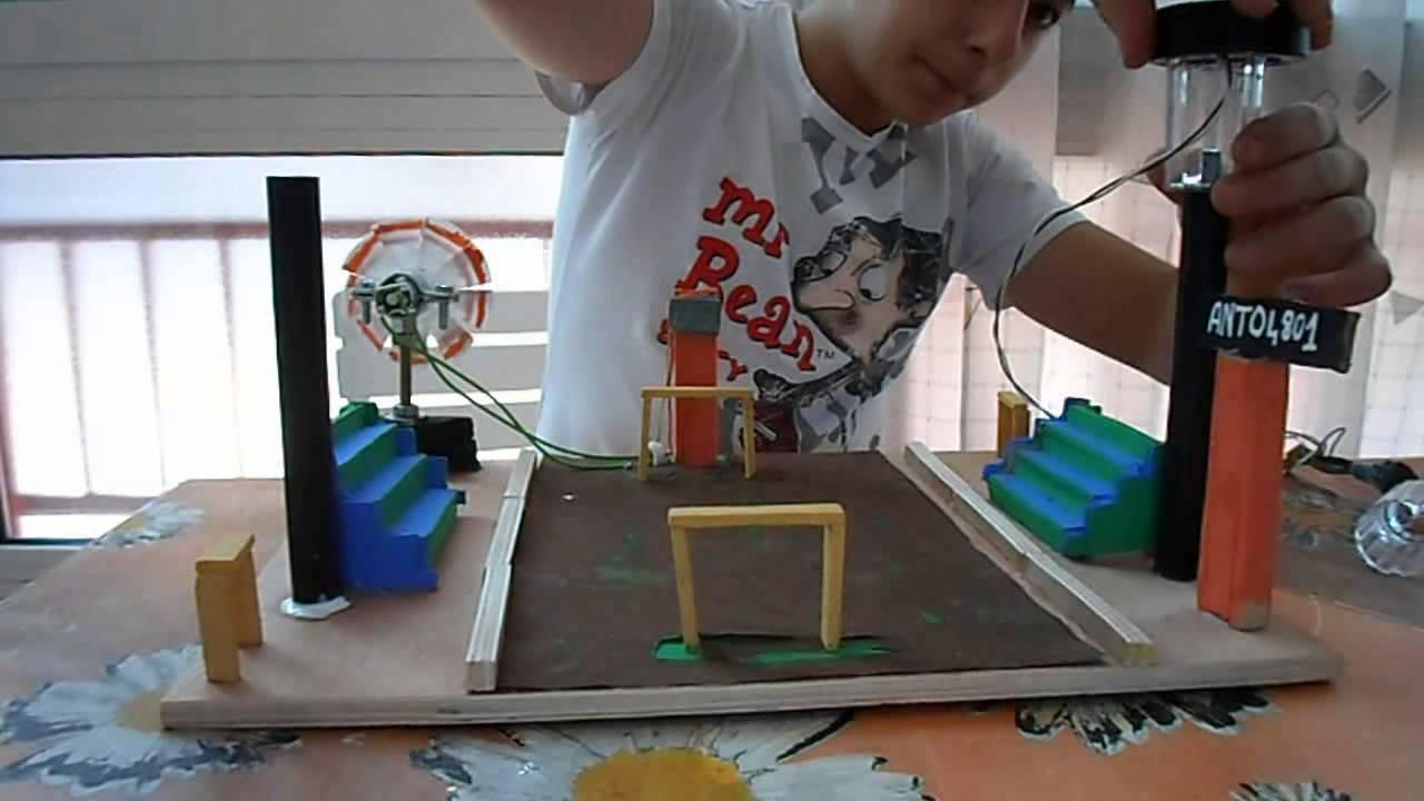 Come fare uno stadio alimentato ad energie alternative fine youtube - Come costruire una casa in miniatura ...