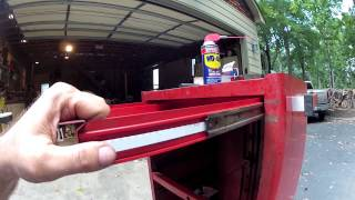 Snap-on tool chest drawer removal. How to.