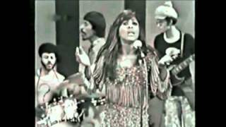 Vintage Ike & Tina Turner - Live Italy - Rollin on a River
