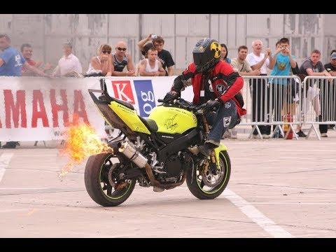 Drifting the KTM RC 390 cup bike || RokON VLOG bike stunts, bike stunts video ||