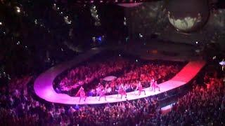 Nagrania z koncertu ARIANY GRANDE   KTO z nami zamieszka?  ❄ Vlogmas 1