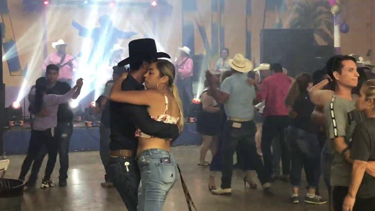 La presentación impecable de los 4 de Nuevo León que Baile! Así se baila! El Carretonero