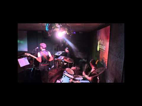Britannica - Simon's Song - LIVE @ FELT MUSIC CLUB (Drum Perspective)