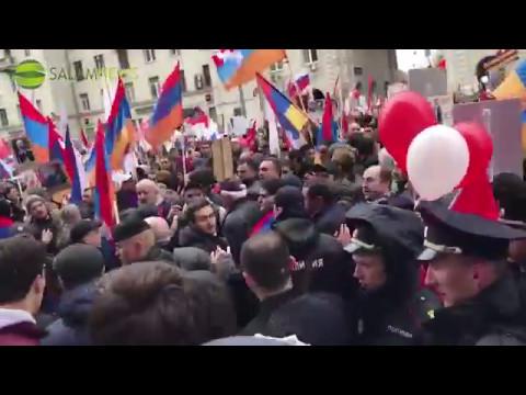 Азербайджанцы напали на армян, во время шествия Бесмертного полка