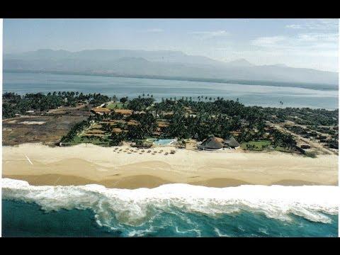 Beautiful Beachfront Resort in Acapulco for Sale !