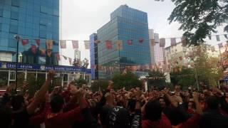 Milyonlarca Taraftarın Yan Yana Ali Sami Yen Sokak