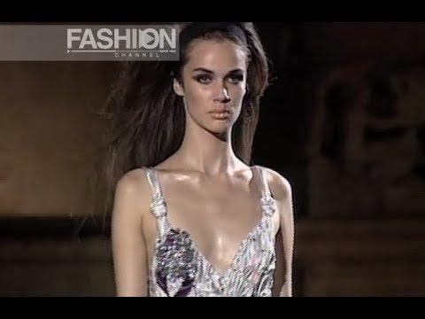 online retailer f5ef7 fe211 ALBERTA FERRETTI Fall Winter 2005 Haute Couture Rome - Fashion Channel