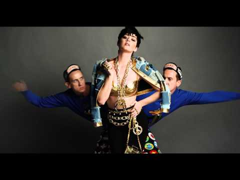 Katy Perry and Jeremy Scott for Moschino Fall/Winter 2015! Mp3