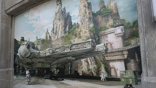 What's New At Disney's Hollywood Studios | Launch Bay, Star Wars Land Entrance & So Much Merch!