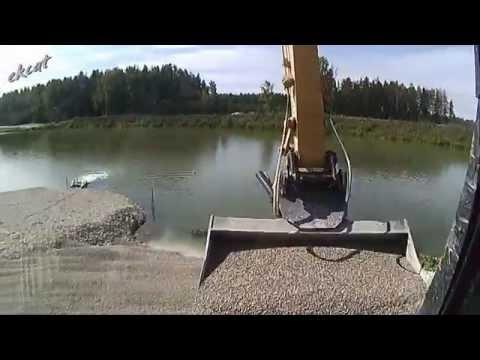 Работа экскаваторщика. Excavator work.