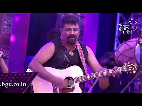 """Daiyya Ri"" by Bindhumalini in the Raghu Dixit concert at the 55th Bengaluru Ganesh Utsava"