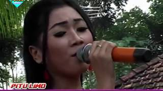 Video Ojo Nguber Welase ULFA DAMAYANTI ROMANSA LIVE BANJARAN PITULIMO RAURUS download MP3, 3GP, MP4, WEBM, AVI, FLV November 2018