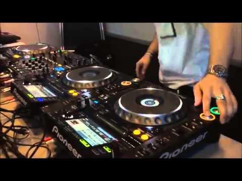 Quentin Mosimann - Session Hip Hop improsivé dans Party Fun sur Fun Radio