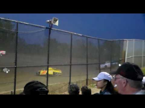 Modified Heat 3 @ Marshalltown Speedway 05/05/17