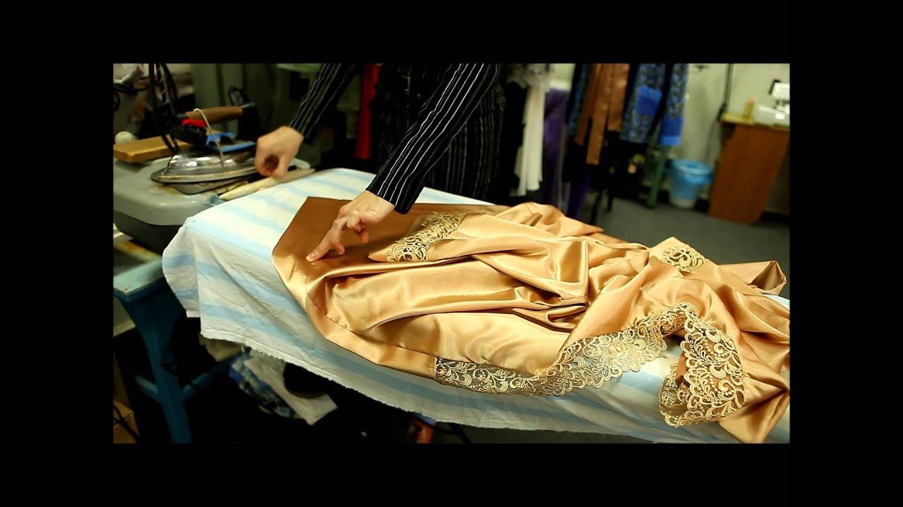 В нашем магазине вы сможете найти мужской халат по лучшей цене с доставкой по москве. Всегда в наличии большой ассортимент домашних мужских халатов.