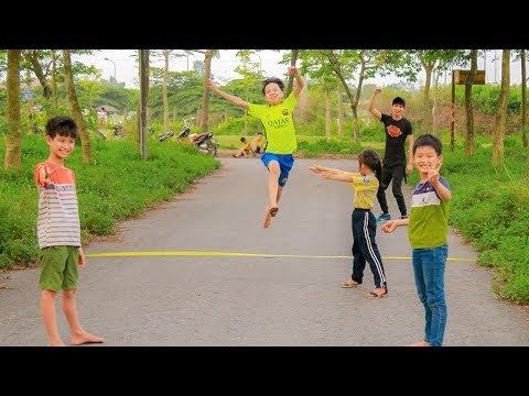 Kids Go to School Play Folk games Jump Outdoors Kids Learn Colors Nursery Rhymes Songs