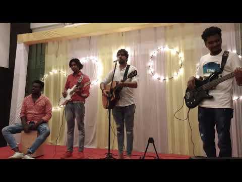 Download Lagu  Tujhe Kitna Chahne Lage   LIVE   Kabir Singh   Arijit Singh   Mithoon   Shahid Kapoor Mp3 Free
