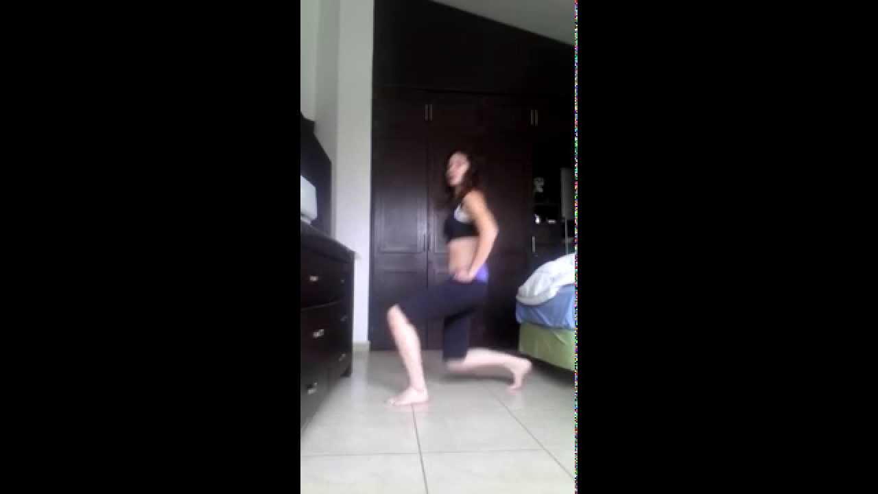 Ejercicios para gl teos y pierna desplantes ejercicios en casa para ponerse en forma youtube - Ponerse en forma en casa ...