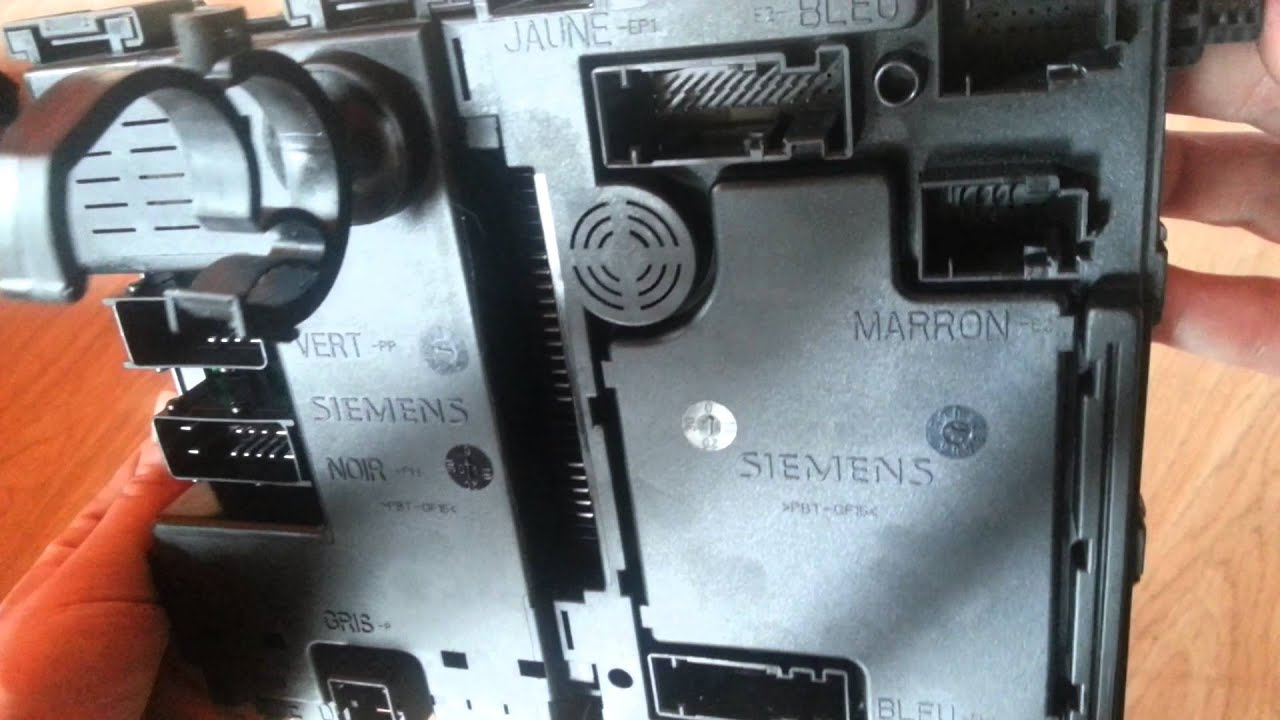 peugeot 206 bsi fuse box module box siemens youtube. Black Bedroom Furniture Sets. Home Design Ideas