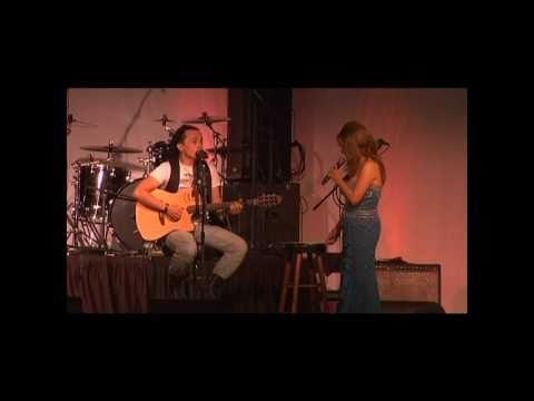 Evelin Gonzalez Y Israel Brito Duet