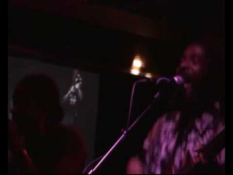 Easy Star All-Stars-Shes leaving home,live Cyprus ave,Cork '09 mp3