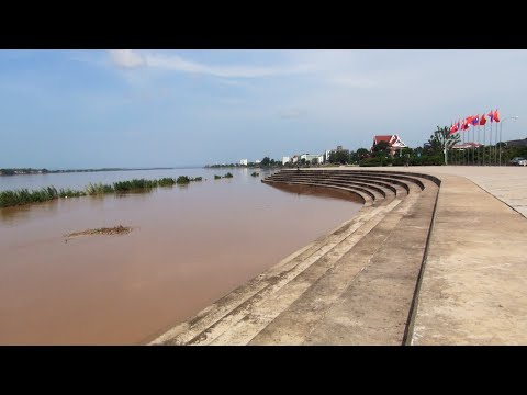 The Mekong River at Vientiane, after the August rains